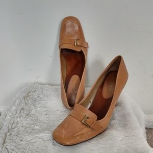 Enzo Angiolini Tan Leather Chunky Heel Pumps 8.5N
